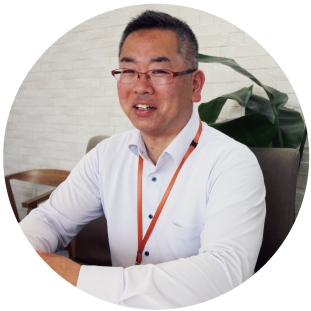 https://kaitori.classe-corporation.com/wp-content/uploads/2019/10/staff-kamata.png